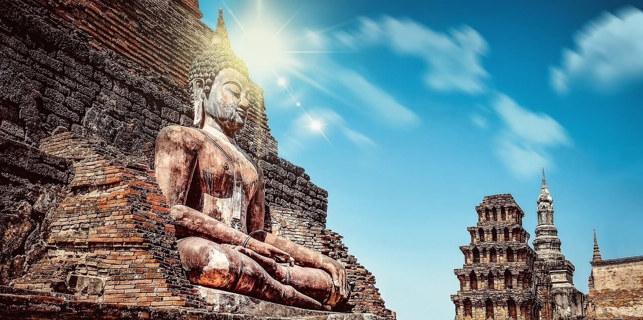 Foto van Pixabay - https://pixabay.com/nl/photos/mysterie-religie-boeddhisme-buddha-1639549/